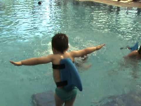 Plavalni pripomoček